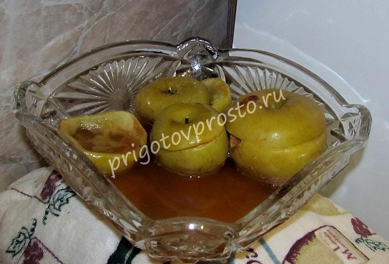запеченные яблоки в микроволновке рецепт