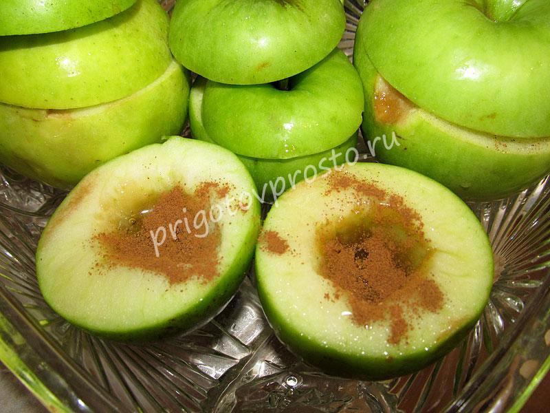 запеченные яблоки с медом в микроволновке