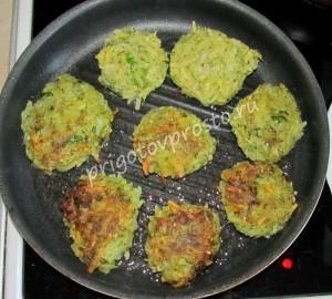 картофельные-драники-постные с брокколи