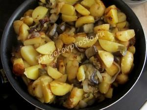 как пожарить баклажаны с картошкой