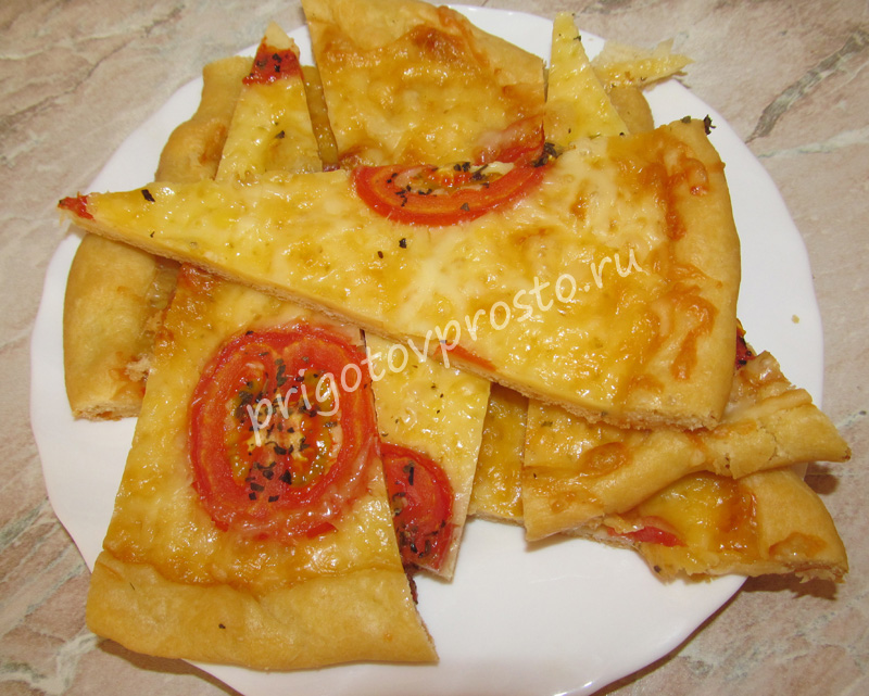 Пицца четыре вида сыра