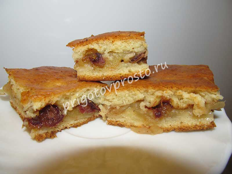 Пирог творожный с яблоками корицей