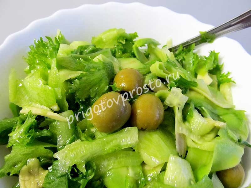 простой-салат-с-авокадо