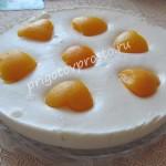 торт без выпечки с творожным суфле и фруктами