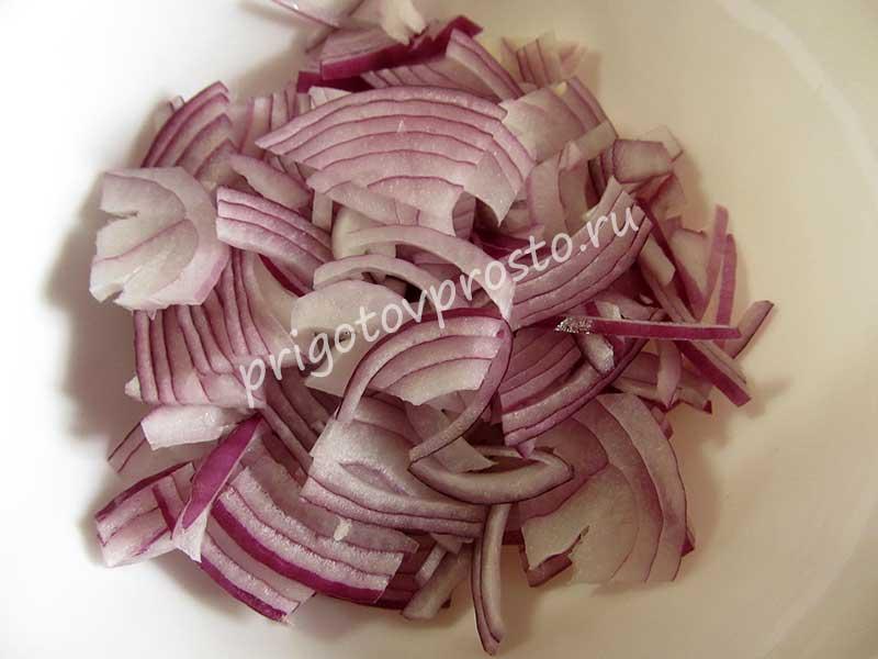 салат с красной фасолью и грибами