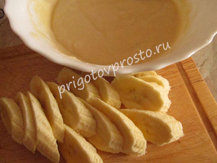 банановые панкейки на молоке